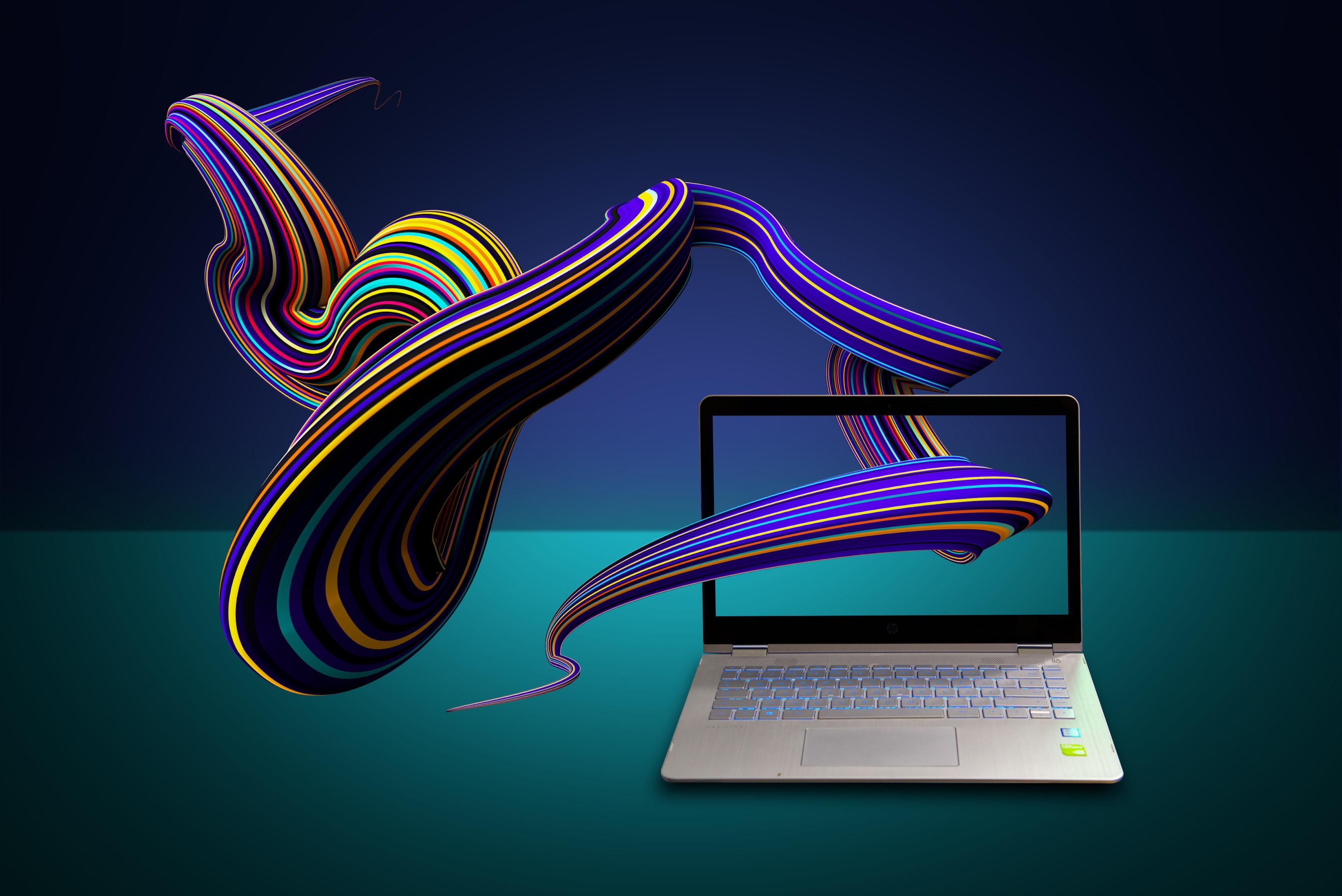 Laptop mit bunten Kurven - Remake einer Werbung von Mediengestalter Manuel Geissinger aus Freiburg